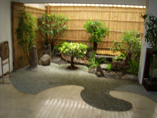 Rr gardens for Interior zen garden